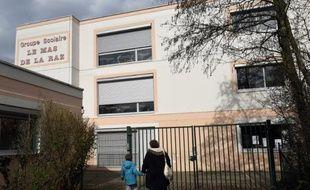 Photo le 24 mars 2015 de l'école de Villefontaine (Isère) dont le directeur a été mis en examen pour viols sur mineurs