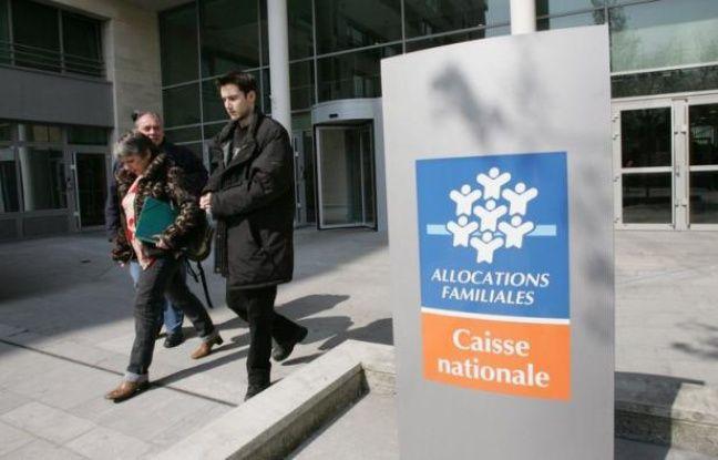 Les prestations financées par la branche famille de la Sécurité sociale mais versées aux bénéficiaires par d'autres organismes ont coûté plus de 9 milliards d'euros à la Cnaf (Caisse nationale d'allocations familiales) en 2011, selon une publication de la caisse parue vendredi.