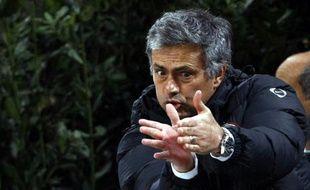 L'entraîneur de l'Inter Milan José Mourinho, lors d'un match de championnat contre le Genoa, le 7 mars 2010.