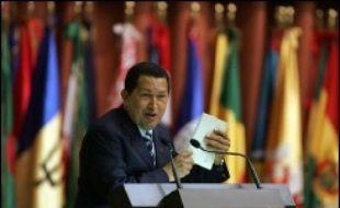 """Le sommet a été un succès car il a permis à l'île communiste, isolée dans les années 90 après la chute de l'Union soviétique, """"de se mettre en avant"""" et à """"Perez Roque d'affirmer que grâce à Cuba, le Mouvement des Non-Alignés a pris un nouvel essor"""", a estimé un membre d'une délégation africaine."""