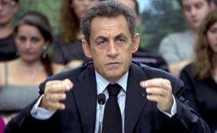 """Nicolas Sarkozy a assuré mercredi lors du Conseil des ministres que la France serait """"vigilante"""" sur le respect des droits de l'Homme et des """"principes démocratiques"""" en Tunisie et en Libye, a rapporté la porte-parole du gouvernement, Valérie Pécresse."""