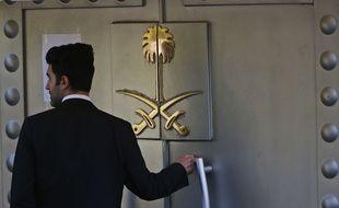 L'entrée du consulat où a été assassiné Jamal Khashoggi, à Istanbul.