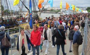 L'événement Débord de Loire a attiré des milliers de visiteurs quai de la Fosse à Nantes, dimanche 26 mai 2019.