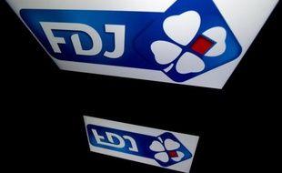 La Française des Jeux est revenue jeudi sur sa décision de retirer leur agrément pour commercialiser ses jeux à sept buralistes de l'Allier, faute de chiffre d'affaires suffisant.