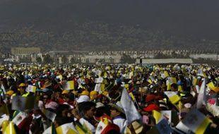 Quelque 300.000 fidèles assistent à la messe célébrée par le pape François, le 14 février 2016 à Ecatepec au Mexique