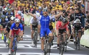 Marcel Kittel s'impose pour la deuxième étape du Tour, le 2 juillet 2017.