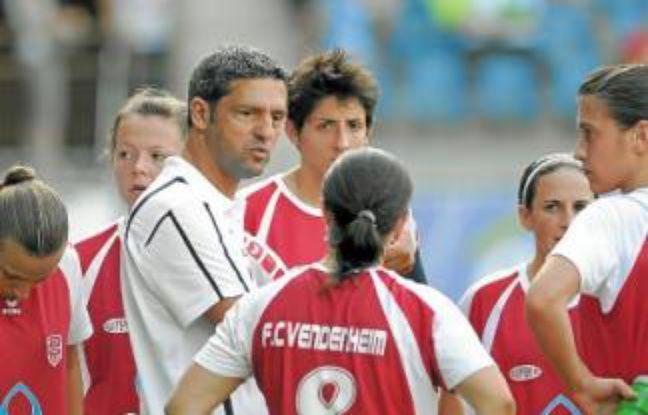 D. Steinberger et ses joueuses.