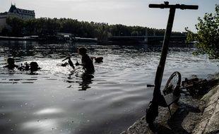 Le15 septembre, l'association Odysseus 3.1 a repêché 109 trottinettes électriques dans les eaux du Rhône à Lyon.