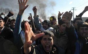 Deux nouvelles manifestations ont éclaté jeudi en Afghanistan, pour la troisième journée consécutive d'émeutes antiaméricaines qui ont fait neuf morts, après l'incinération d'exemplaires du Coran dans la plus grande base militaire américaine du pays.