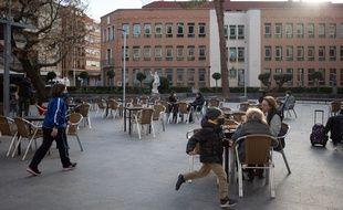 Les terrasses de restaurants ont rouverts en Espagne (ici à Guadalajara) le 12 février 2021