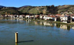 Photo d'illustration du fleuve Rhône, ici en février dernier à hauteur de Condrieu (Rhône).