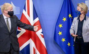 Boris Johnson et Ursula von del Leyen, le 9 décembre 2020.