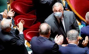 Gérard Larcher applaudi après sa réélection à la tête du Sénat, le 1er octobre 2020.