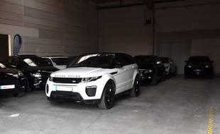 Une partie des voitures de luxe saisies par la police.