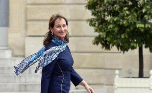 La ministre de l'Ecologie Ségolène Royal quitte l'Elysée, le 2 juin 2015 à Paris