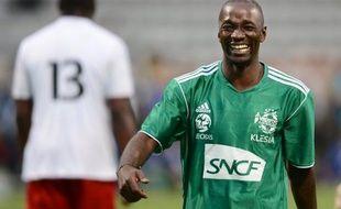 """L'ancien footballeur international Claude Makelele a été relaxé jeudi par le tribunal de Versailles des accusations de """"violences"""" à son domicile à La Celle-Saint-Cloud (Yvelines) portées par une ex-petite amie britannique en 2010."""