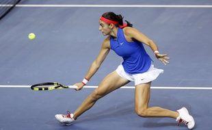 Caroline Garcia lors de la finale de Fed Cup entre la France et la République Tchèque, le 13 novembre 2016 à Strasbourg.
