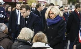 Emmanuel et Brigitte Macron, le 13 novembre 2017 lors d'une cérémonie d'hommages aux victimes des attentats du 13-Novembre 2015.