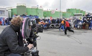 Cinquante-sept salariés de Total ont été engagés comme figurants pour le tournage du nouveau film de Cédric Klapisch.