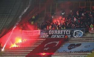 Les supporters de Trabzon en février 2015 à Naples.