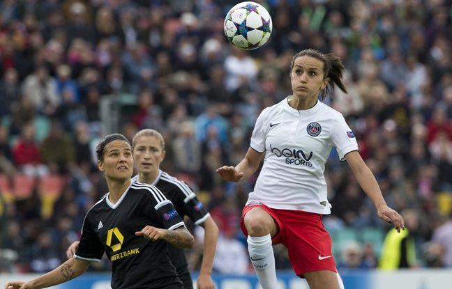 Fatmire Alushi, lors de la fameuse finale de Ligue des champions perdue avec le PSG contre Francfort en 2015, alors qu'elle était enceinte.