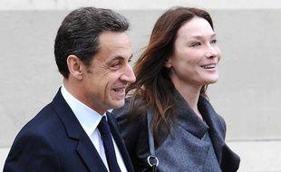 Nicolas Sarkozy et Carla Bruni, le 14 mars 2010 à Paris.