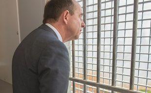 Le ministre de la Justice Jean-Jacques Urvoas dans la prison de Ducos en France, le 30 juin 2016
