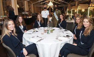 Les Miss 2021 se préparent au show du 19 décembre depuis un grand hôtel de Versailles