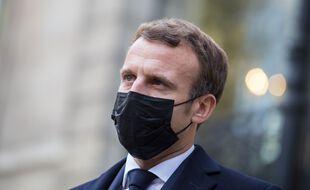 Macron annonce un doublement des forces de sécurité déployées aux frontières.