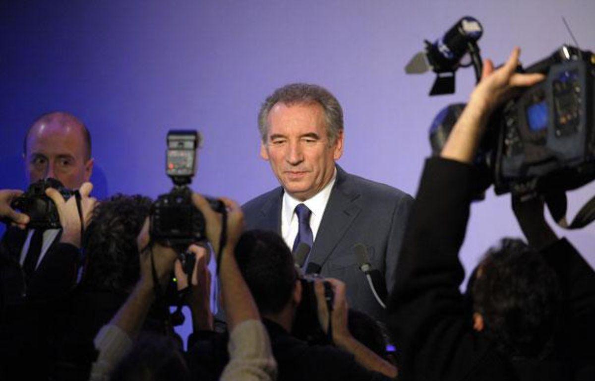 Le président du MoDem, Francois Bayrou, lors de la conférence de presse où il a annoncé sa candidature à l'élection présidentielle de 2012, à la Maison de la Chimie à Paris, le 7 décembre 2011. – AFP PHOTO / BERTRAND GUAY