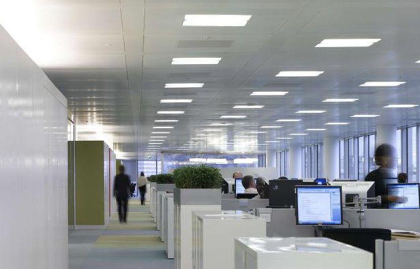 Bruits et chaleur les ennemis publics n° de la vie du bureau