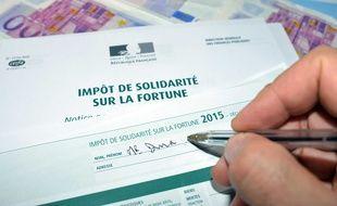 L'ISF a été supprimé en 2017 et transformé par un impôt sur la fortune immobilière.