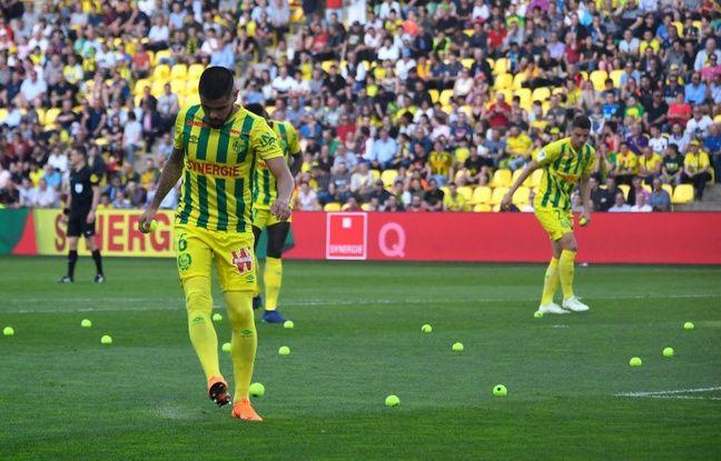 VIDEO. FC Nantes-Rennes: Anciennes gloires, balles de tennis, carton rouge, colère de Kita... Les coulisses du derby