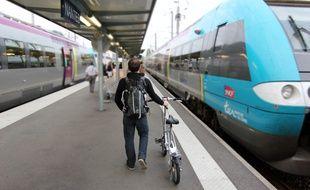 La liaison ferroviaire entre Rennes et Nantes devrait être améliorée, promet l'Etat français.
