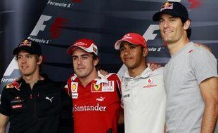 Les quatre pilotes de formule 1 en lice pour le titre de champion du monde, Sebastian Vettel, Fernando Alonso, Lewis Hamilton et Mark Webber, le 11 novembre 2010 à Abu Dhabi.