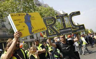 Des manifestants lors du défilé du 1er Mai 2019 à Paris.