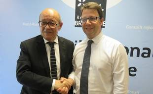 Jean-Yves Le Drian et Loïg Chesnais-Girard, son probable successeur à la tête de la région Bretagne.
