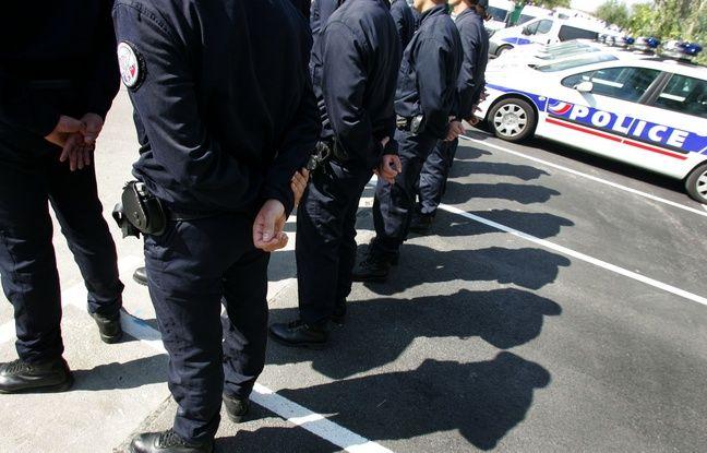 La police inaugure des locaux de la nouvelle compagnie de sécurisation à Toulouse, le 9 septembre 2009.