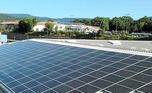 Les panneaux solaires de la région produisent 530 MW par an.