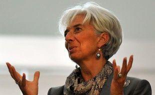 """Le FMI estime que l'Espagne devrait """"ralentir"""" le rythme de l'assainissemnent de ses finances publiques, a estimé lundi sa directrice générale, Christine Lagarde, tout en rappelant que le pays n'était pas sous assistance financière du Fonds."""