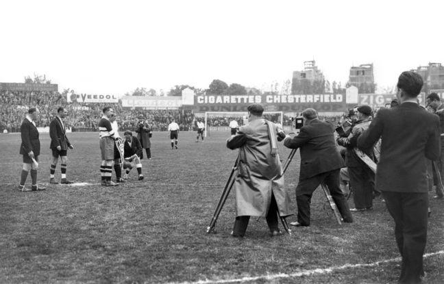 La finale de la Coupe de France 1933 entre deux clubs de Roubaix, l'Excelsior et le Racing.