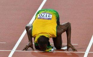 Le Jamaïcain Usain Bolt est devenu le premier athlète de l'histoire à remporter 4 médailles d'or olympiques individuelles sur les épreuves de sprint en conservant son titre du 200 m en 19.32 (vent: +0,4 m/s), jeudi à Londres, où Christophe Lemaitre a pris la 6e place en 20.19.