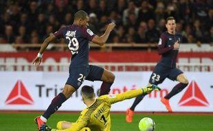 Mbappé prend symboliquement du galon au PSG.