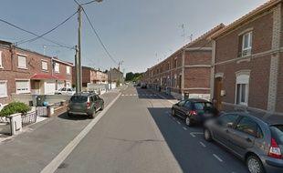 La rue de la République, à Roeulx, près de Valenciennes.