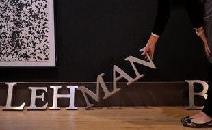 Un juge américain a approuvé mardi le plan de sortie de faillite de la banque Lehman Brothers, ouvrant la voie à la liquidation de la banque puis au versement de compensations à ses créanciers