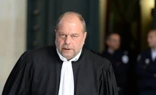 Qui est le bienvenu en France ? 310x190_eric-dupond-moretti-celebre-avocat-penaliste-francais-au-tribunal-de-bordeaux-dans-le-sud-ouest-de-la-france-le-10-mai-2016