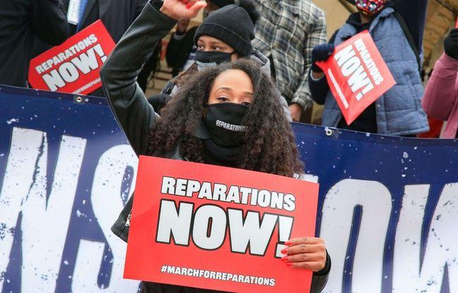 Des manifestants en faveur des réparations liées à l'esclavage à Washington, D.C., Etats-Unis, en février 2021.