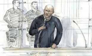 Un crocquis d'audience de Jamel Leulmi, jugé en appel le 19 janvier 2016 à Paris pour avoir tué sa femme, puis tenté de faire assassiner une autre compagne afin de toucher des assurances-vie