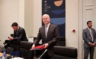 Le ministre britannique des Affaires étrangères William Hague, au cours d'une réunion informelle à Athènes, le 4 avril 2014