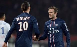 Le PSG, vainqueur 1-0 de Montpellier vendredi, détient désormais sept points d'avance en tête de la Ligue 1, profitant de l'écroulement de Lyon, battu dimanche à domicile par Sochaux (2-1) et du coup dépossédé de sa 2e place par Marseille, qui a écarté Nice (1-0).